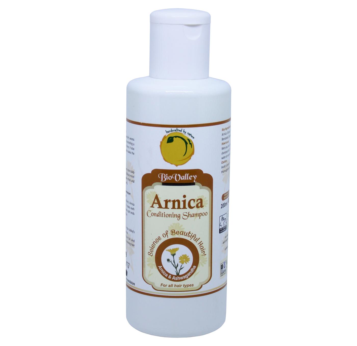 Arnica Shampoo Nourishes The Hair Follicles style=